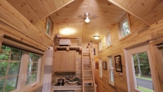 Check Out The Awesome Tiny House Matt Bonner Had Built For Himself