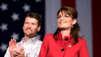 A Trump Event Featuring Sarah Palin Has Been Cancelled After Her Husband's Serious Accident