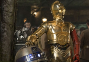 Why Does C-3PO Have A Red Arm? We Finally Know The Answer