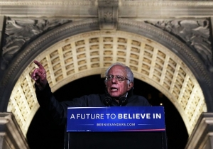 Sonic Youth's Thurston Moore Is Releasing A Vinyl Featuring Bernie Sanders