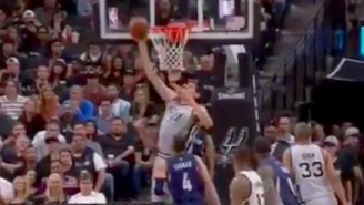 Not Even His Spurs Teammates Could Comprehend This Dunk By Boban Marjanovic