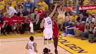 Andrew Bogut Shows That The Warriors Are Dominant On All Kinds Of Fast Breaks