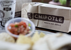 Chipotle Is Adding Vegan, Vegetarian, And Keto-Friendly Burrito Bowls To Its Menu Offerings