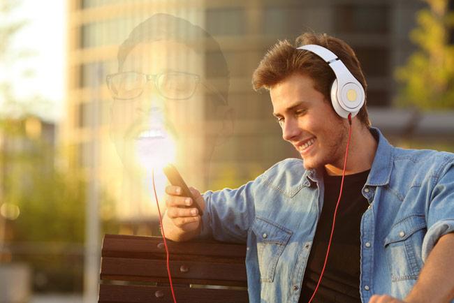 Happy-Radio-Guy-Matt_lieb