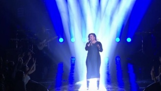 Kelly Clarkson Proved She's THE 'American Idol' In Her Series Finale Medley