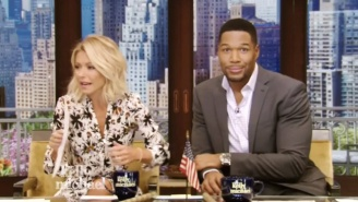 Kelly Ripa Delivers A Gut Punch To Michael Strahan By Casually Bringing Up His Divorces On 'Live'