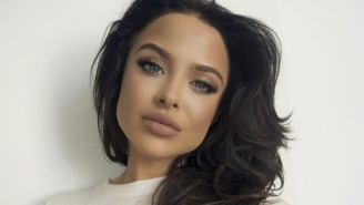 Everyone Thinks This Kylie Jenner Lip Gloss Model Looks Exactly Like Angelina Jolie