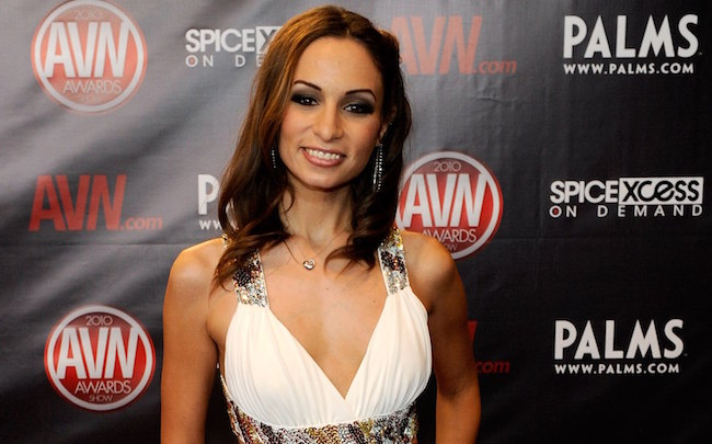 LAS VEGAS - JANUARY 09: Adult film actress Amber Rayne arrives at the 27th annual Adult Video News Awards Show at the Palms Casino Resort January 9, 2010 in Las Vegas, Nevada. (Photo by Ethan Miller/Getty Images)