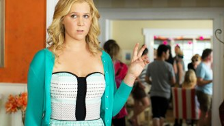 Amy Schumer Is Done Taking Pictures With Fans Thanks To This Demanding Selfie-Taker