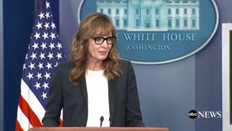 Allison Janney Took Over A White House Press Briefing As Her 'West Wing' Character, C.J. Cregg