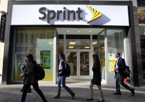 Did Sprint Need To Pull This Ad Of A Woman Calling T-Mobile 'Ghetto'?