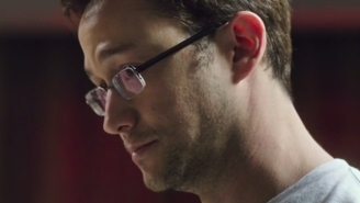 Joseph Gordon-Levitt does his best Edward Snowden impression in first 'Snowden' trailer