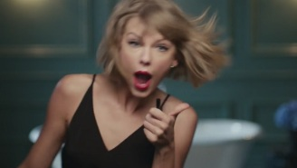 Taylor Swift Rocks Out To Jimmy Eat World In The New Apple Music Commercial