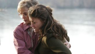 Review: 'The Americans' zeroes in on the hunt for Martha in 'Travel Agents'