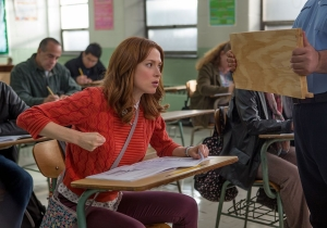 'Unbreakable Kimmy Schmidt' hasn't changed for Netflix. That's a good thing.