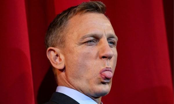 Daniel Craig tongue