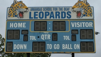 Def Leppard And The Arkansas School For The Deaf Leopards Finally Meet