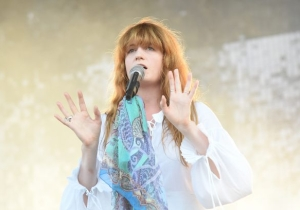 Florence And The Machine Serenading A Young Fan In Hospice Will Reduce You To A Puddle Of Tears