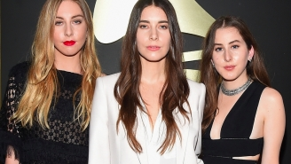 Haim Covers A Prince Classic And Debuts Two Songs During First Stop Of Summer Tour