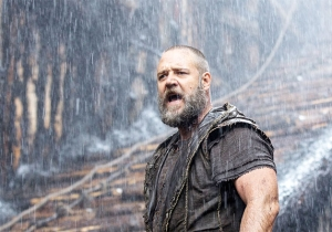 Russell Crowe Confirmed For 'Mummy' Reboot, Says It Will 'Scare The Sh*t Out Of You'