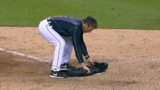 Brad Ausmus Let F-Bombs Fly And Covered The Plate With His Jacket During A Classic Meltdown