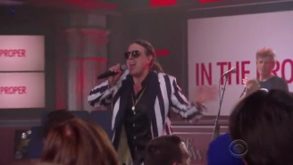'Weird Al' Is In Classic Form With This Live Performance Of 'Word Crimes' On 'The Late Show'