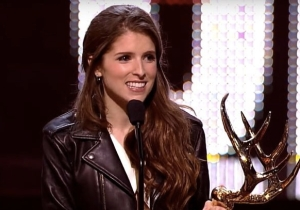 Anna Kendrick Sarcastically Took Home An Award For Being 'Physically Perfect'
