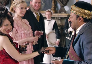 What's On Tonight: A Prince Comes To Town On 'Another Period' And The Abbies Attack On 'Wayward Pines'