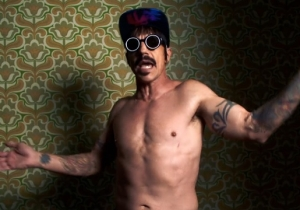 Red Hot Chili Peppers Dropped Their Video For 'Dark Necessities'