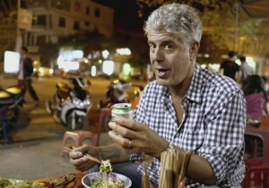 Queens Of The Stone Age's Josh Homme Shared A Heartfelt Letter Anthony Bourdain Wrote To His Daughter