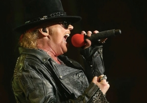 Axl Rose Called Apple CEO Tim Cook The 'Donald Trump Of The Music Industry'
