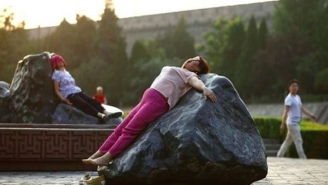 Women In China Are Sprawling Out On Hot Rocks To Cure Illnesses