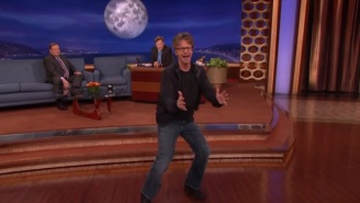 Dana Carvey Described The Time David Bowie Taught Him How To Dance