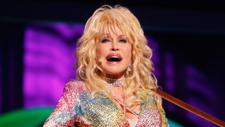 Dolly Parton Doesn't Endorse Anyone For President But Definitely Wants More Boobs In Office
