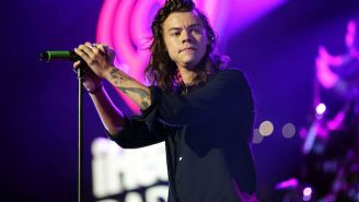 Harry Styles Has Officially Signed A Solo Record Deal