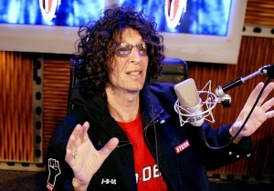Howard Stern: Anne Frank's Dad 'Could Have Taken A Few Nazis Out' If He'd Had A Gun