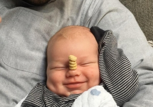 Dads Everywhere Are Suddenly Taking 'Cheerio Stacking' Very Seriously