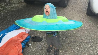 This Kid Stuck In A Swimming Pool Floatie Is The Meme The Internet Needs Right Now