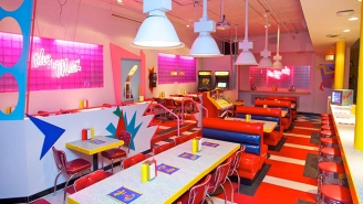 This 'Saved By The Bell' Pop Up Restaurant Is Doing Shockingly Well, So Get Ready For More '90s Nostalgia