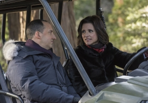 Review: Selina heads to 'Camp David' on another riotous 'Veep'