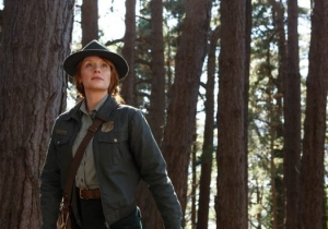 Bryce Dallas Howard Discusses 'Pete's Dragon' And Having Deep Conversations About Acting With Uber Drivers