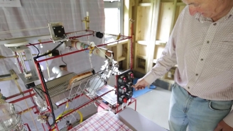 Check Out This Rube Goldberg-Esque 'Breakfast Machine' Made By A British Retiree