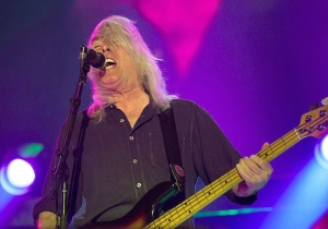 AC/DC Bassist Cliff Williams Will Be Hanging Up His Axe After The Band's Current Tour