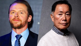Simon Pegg 'Respectfully Disagrees' With George Takei About Sulu Being Gay In 'Star Trek Beyond'
