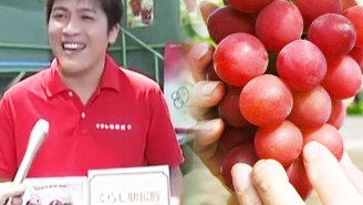A Japanese Grocer Spent $11,000 On 30 Grapes That He's Just Going To Give Away