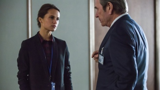 How Alicia Vikander got to be not totally terrified of 'Bourne' co-star Tommy Lee Jones
