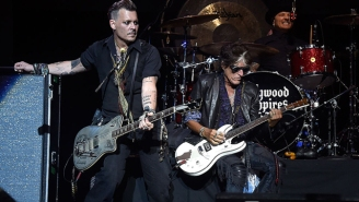 Joe Perry Is In Stable Condition After Collapsing During A Hollywood Vampires Show