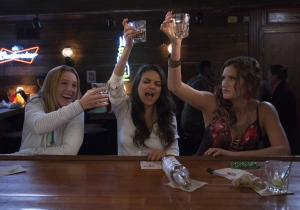 """How Accurate is this """"Bad Moms"""" Trailer?"""