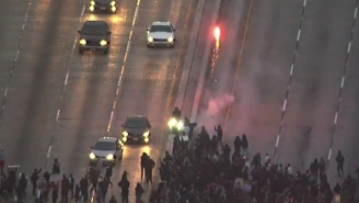 #BlackLivesMatter Protestors In Oakland Shut Down A Highway And Launched Fireworks