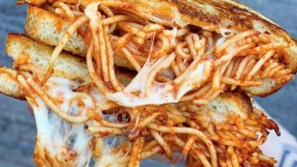 Spaghetti Grilled Cheese Is The Next Viral Food Trend For You To Drool Over